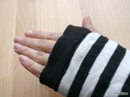 sock arm warmers (via wikihow)
