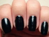 awesome-diy-dark-waters-nail-art-for-halloween-2
