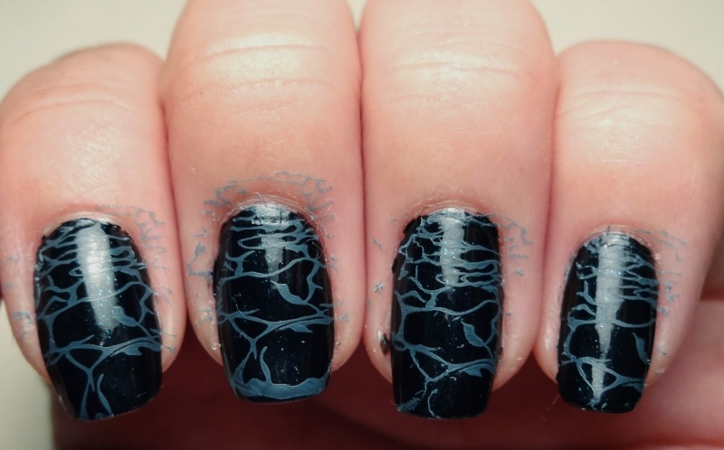 Picture Of awesome diy dark waters nail art for halloween  3