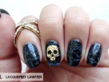 awesome-diy-dark-waters-nail-art-for-halloween-4