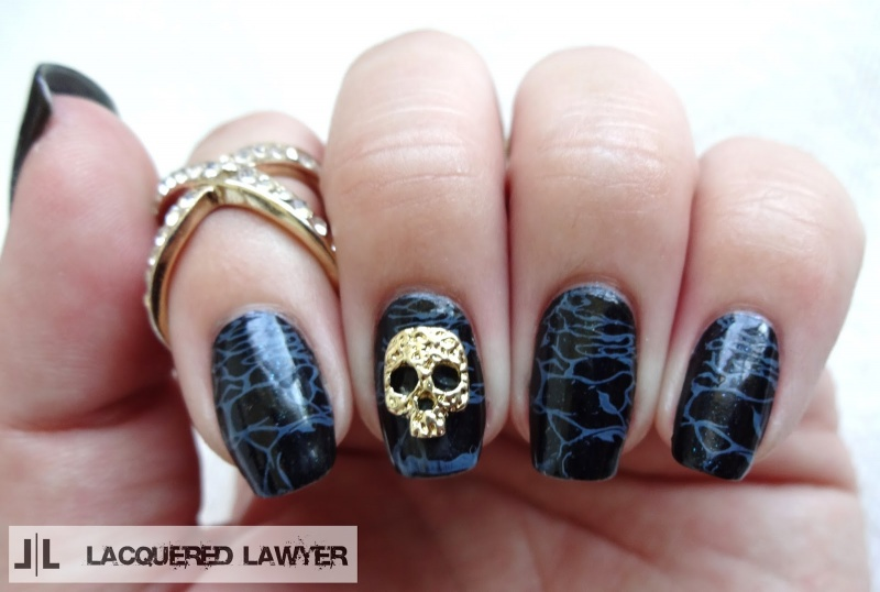 Picture Of awesome diy dark waters nail art for halloween  4