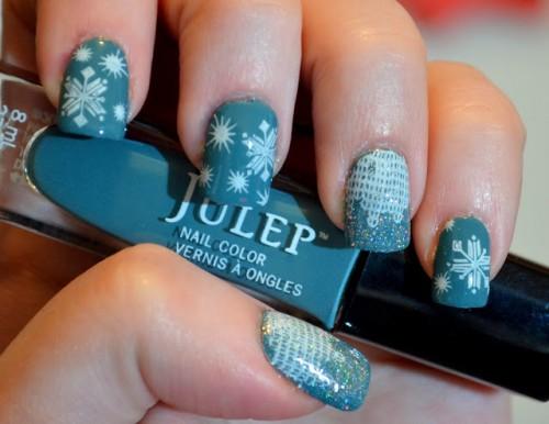 Awesome DIY Snowflake Nail Art