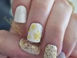 awesome-diy-snowflake-nail-art-5
