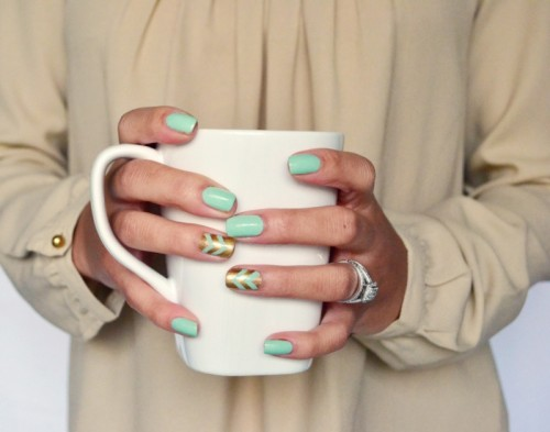 12 Awesome DIY Spring Nail Art Ideas To Make