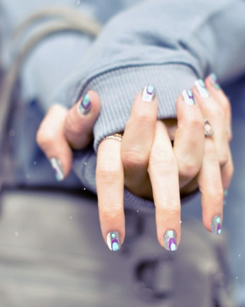 eye-catching pastel mani (via styleoholic)