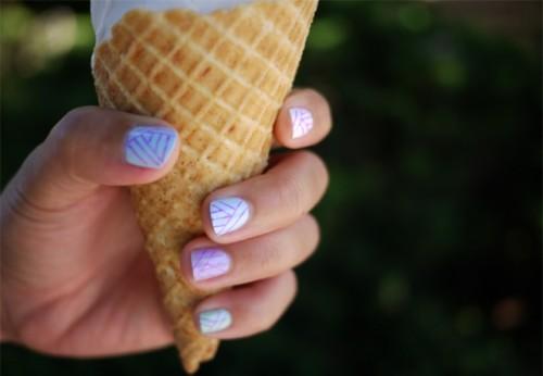 geo pastel nail art
