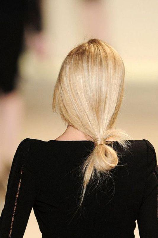 Picture Of awesome hairstyles for summer frizzy hair days  5
