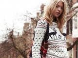 awesome-holiday-sweaters-for-every-girl-11