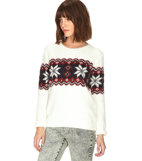Picture of awesome holiday sweaters for every girl 5