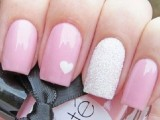 awesome-valentines-day-nails-ideas-10