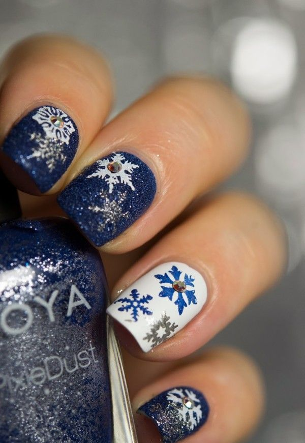 Picture Of Awesome Winter Nail Art Ideas 14