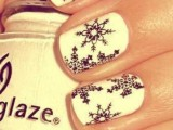 awesome-winter-nail-art-ideas-15