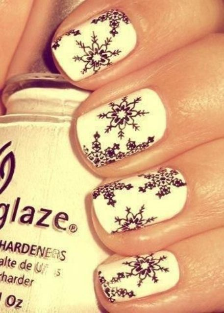 Picture Of awesome winter nail art ideas  15