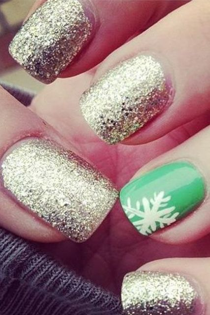 Picture Of Awesome Winter Nail Art Ideas 17