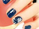 awesome-winter-nail-art-ideas-18