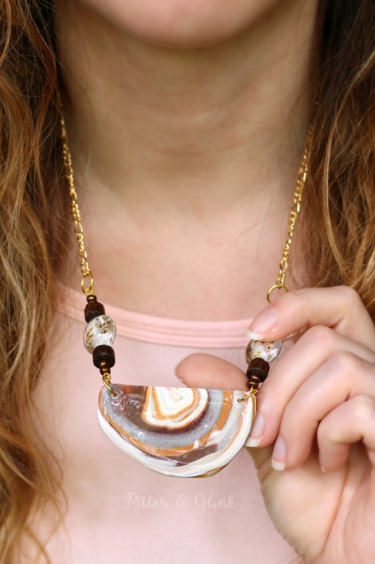 Picture Of beautiful diy faux agate polymer clay necklace  1