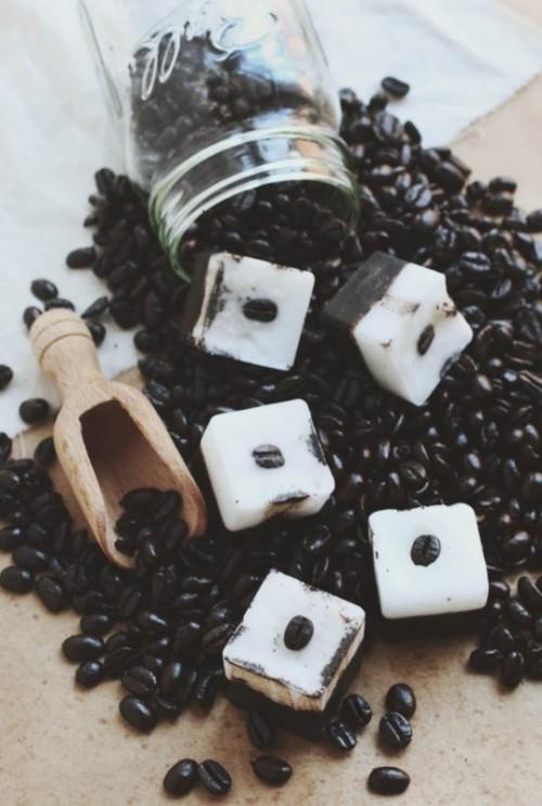 Awesome DIY Exfoliating Coffee Coconut Bars