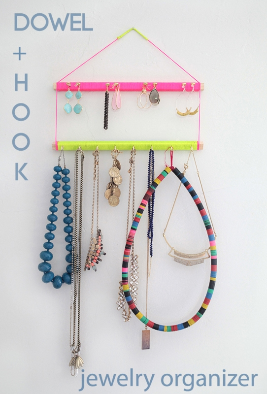 Picture Of bright and easy to make jewelry display  1