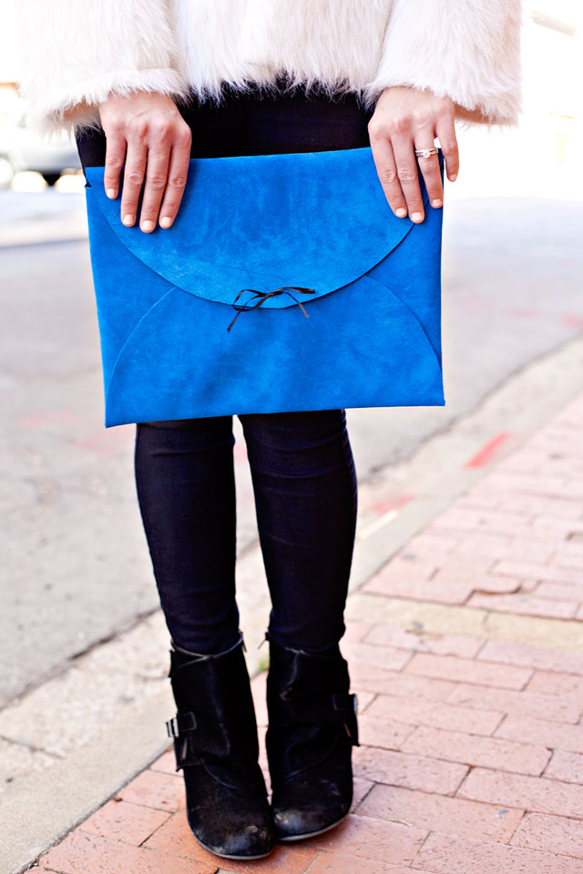 Picture Of bright diy no sew leather nevelope clutch  1