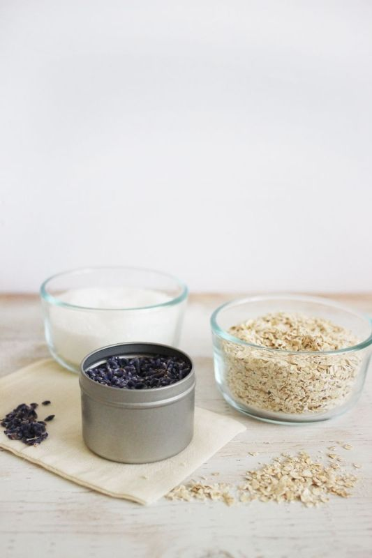 Picture Of calming and pleasing diy oatmeal and lavender bath soak  2