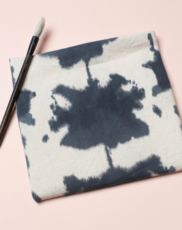 Picture Of casual diy ink dyed clutch to make  3