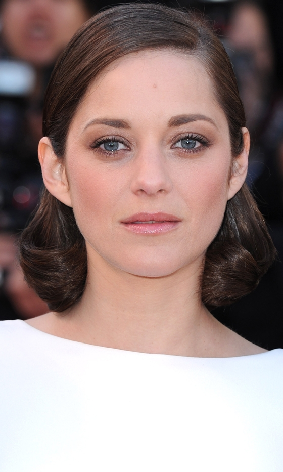 Picture Of celebrities brown hair ideas that you gonna love  22