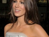 celebrities-brown-hair-ideas-that-you-gonna-love-24
