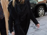 celebrities-fall-looks-with-a-scarf-11