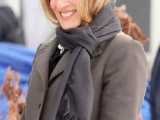 celebrities-fall-looks-with-a-scarf-16