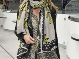 celebrities-fall-looks-with-a-scarf-26