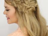 charming-diy-double-fishtail-headband-braids-to-make-3