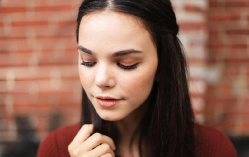 Picture Of charming diy monochromatic makeup for fall  1