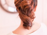 charming-diy-parisian-ponytail-for-a-cozy-christmas-party-2