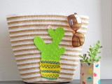 cheerful-diy-cactus-tote-for-summer-1