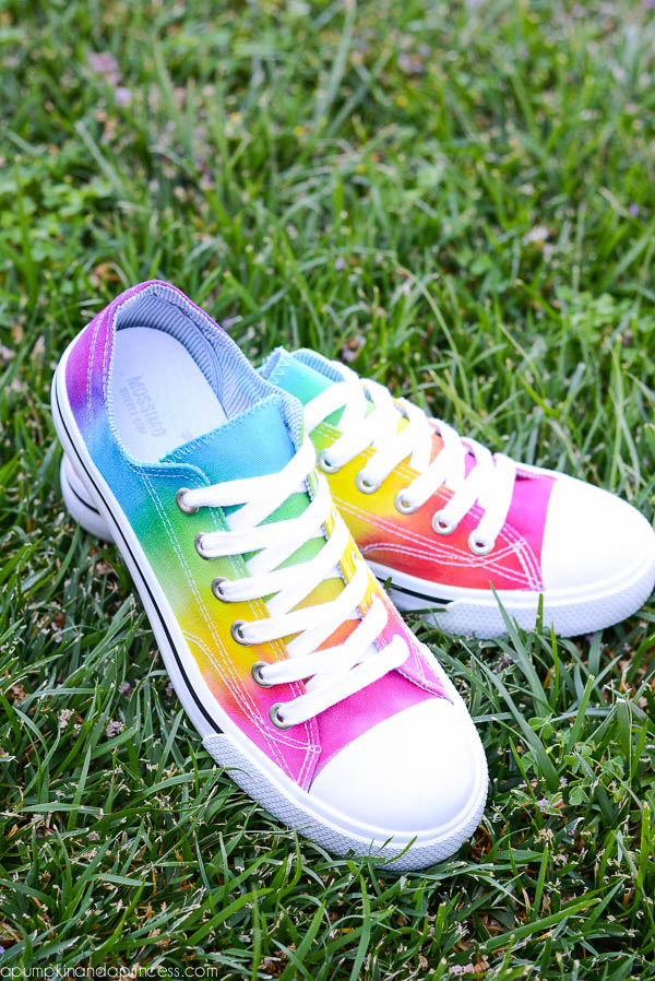 Picture Of cheerful diy rainbow tie dye shoes  3