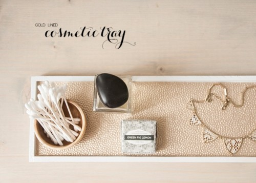 Chic And Easy DIY Golden Cosmetic Tray