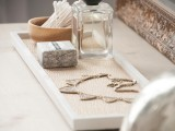 chic-and-easy-diy-golden-cosmetic-tray-2