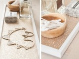 chic-and-easy-diy-golden-cosmetic-tray-3