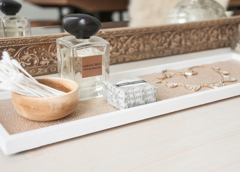Picture Of chic and easy diy golden cosmetic tray  6