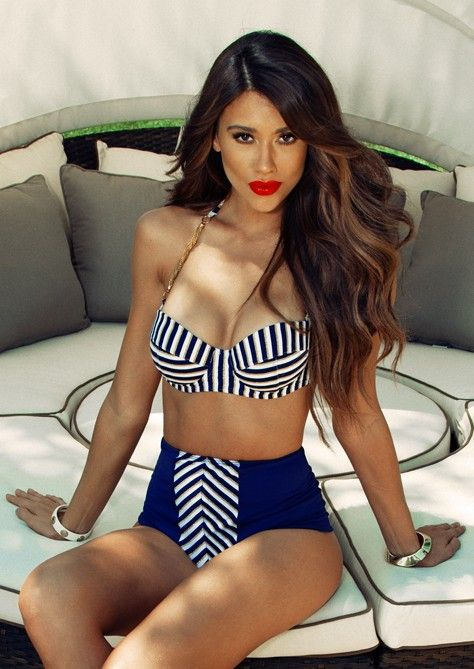 29 Chic And Timeless Nautical Swimsuits To Rock