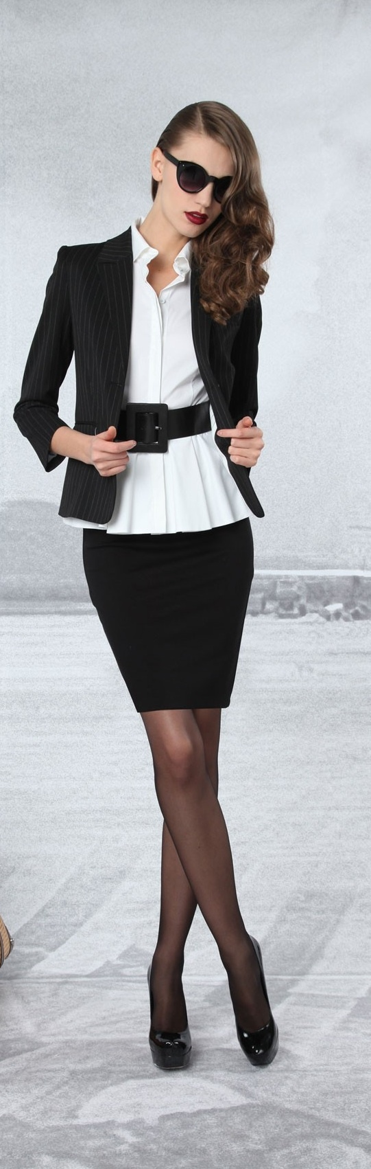 Picture Of chic black and white work outfits for girls  16