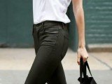 chic-black-and-white-work-outfits-for-girls-27