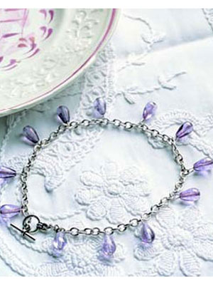 beaded anklet (via womansday)