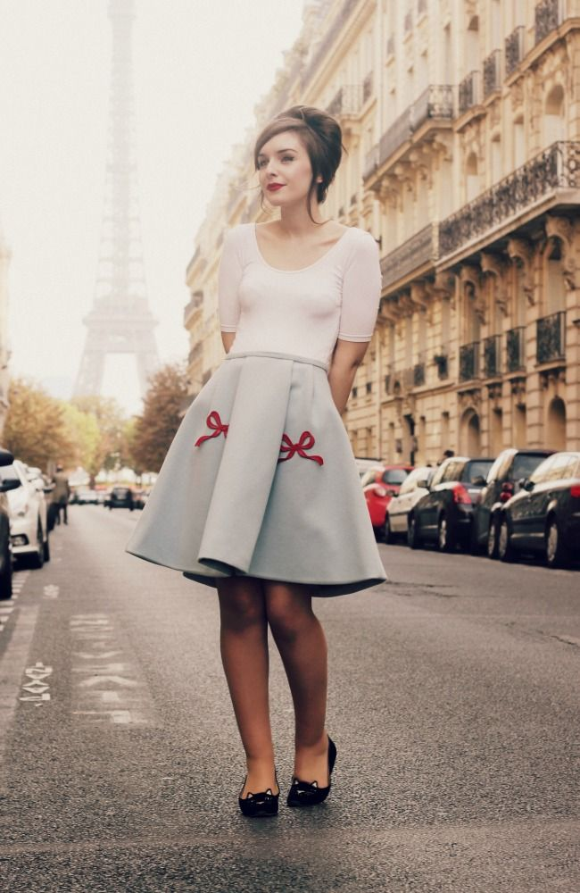 Picture Of chic retro outfit ideas that every girl will like  11
