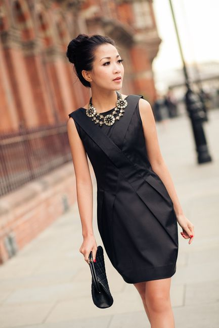 Ожерелье для черное платье