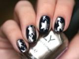 christmas-worthy-diy-starry-nail-design-3