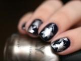 christmas-worthy-diy-starry-nail-design-4