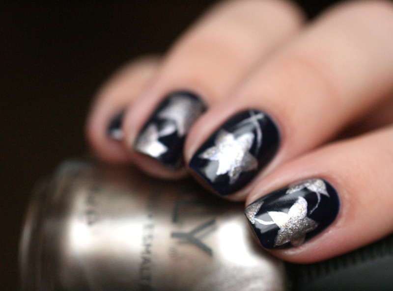 Picture Of christmas worthy diy starry nail design  4