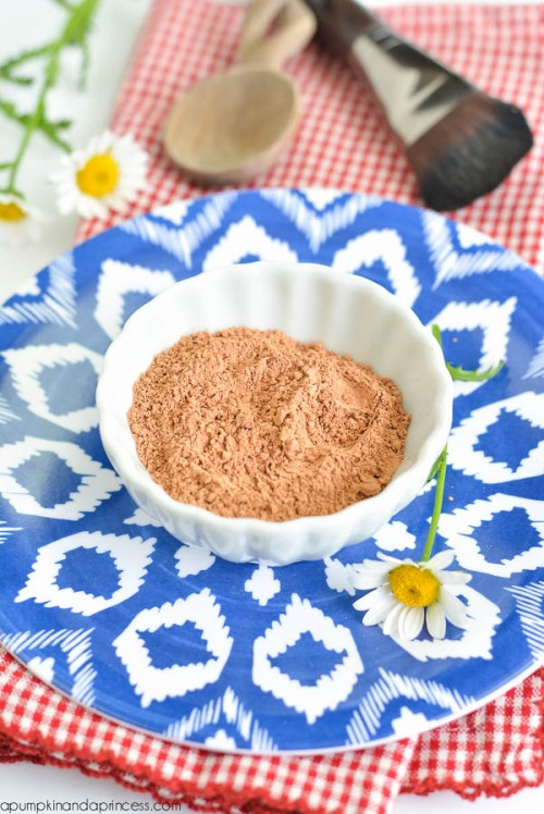 Cleaning DIY Clay Face Mask For Sensitive Skin