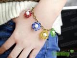 colorful-diy-beaded-flower-charm-bracelet-6